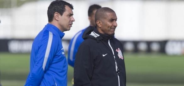 Cristóvão Borges deve escolher novo atacante para o Corinthians.