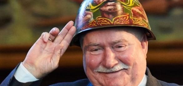Czy Lech Wałęsa stanie na czele bojówek?