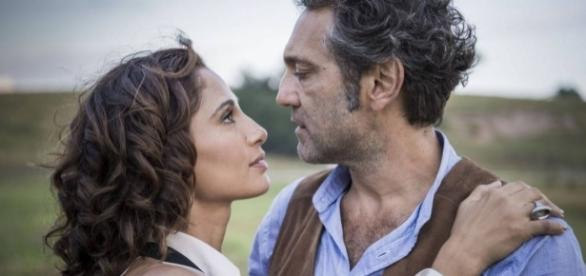 Ator é homenageado em casamento com Tereza