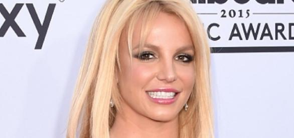 Britney Spears: Witzige Tanzeinlage | BUNTE.de - bunte.de