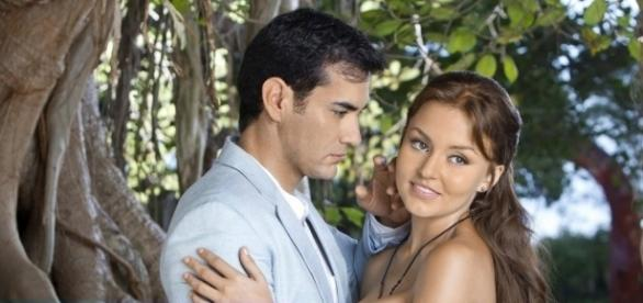 Damião beija Elisa, mas após descobrir a verdade sobre Gael decide abandoná-la