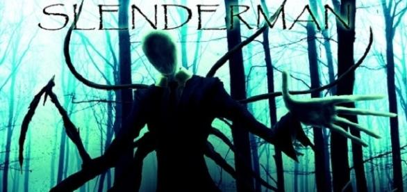 Imagen de la aterradora figura de las Creepypastas, Slenderman