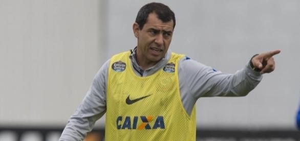 Na sua terceira passagem como interino do Timão, Fabio Carille sonha com bons resultados e a efetivação no cargo