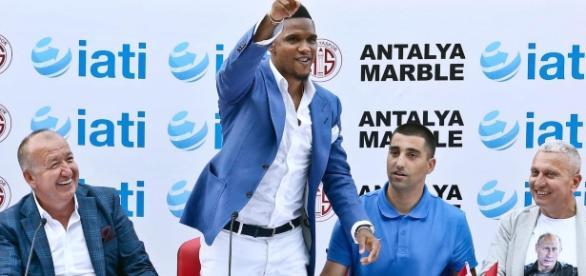 Samuel Eto'o suspendu à Antalyaspor