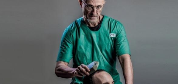 Sergio Canavero pretende fazer o primeiro transplante de cabeça humana da história