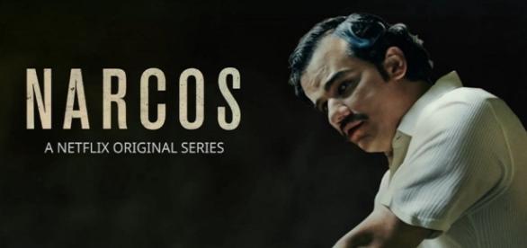 Un cartel de la serie Narcos de Netflix