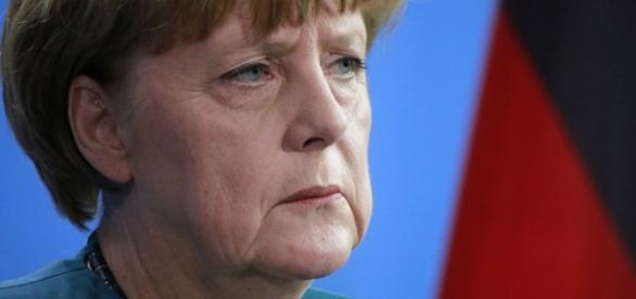Angela Merkel wie, że popełniła błąd w sprawie uchodźców