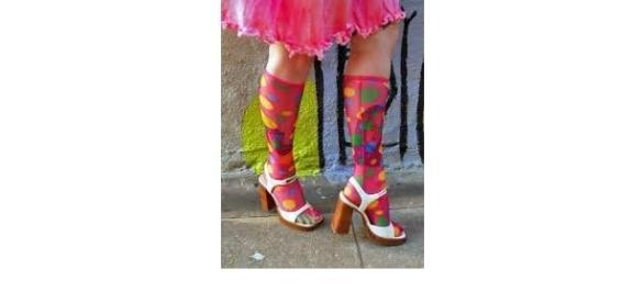 Colorful Feet- Photo: Jinxiboo.com
