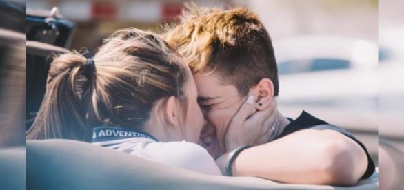 Fãs já querem o casamento de Larissa Manoela e o namorado
