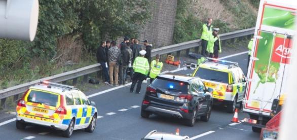 Șofer român prins de poliția britanică cu imigranți ilegali în camion