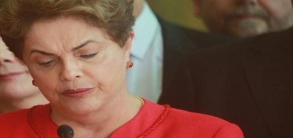 Ex-presidente Dilma Rousseff integrava o Conselho de Administração da Petrobrás na época da negociação da Refinaria de Pasadena (EUA).