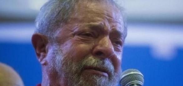 Lula indiciado pela segunda vez como réu, preocupação para com as eleições de 2018.