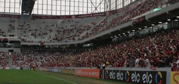 Atlético-PR x Ponte Preta: assista ao jogo ao vivo