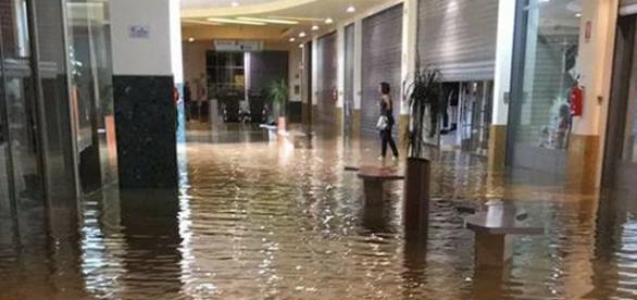 Siracusa, una delle foto scattate dai cittadini su facebook.