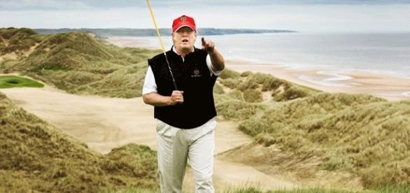 Donald Trump possède golfs, casinos, hôtels partout au monde. Nommera-t-il des ambassadeurs-chargés-d'affaires ?