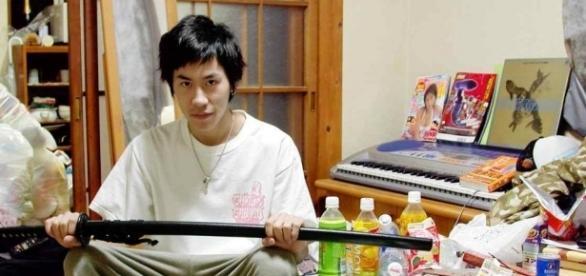 """O jumătate de milion de tineri din Japonia se izolează datorită așa numitului fenomen """"hikikomori"""""""