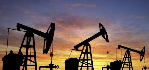 Cotação do petróleo disparou 6% com o anúncio da redução da produção