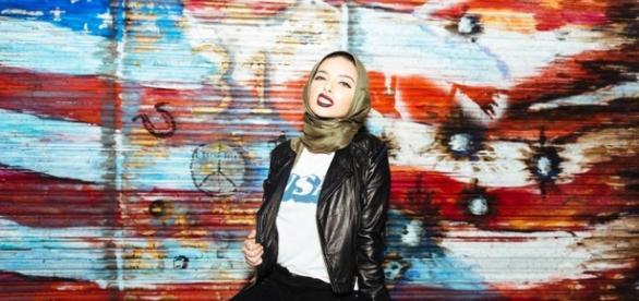 Noor Tagouri dans Playboy, Twitter