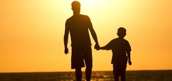 Pais genéticos ficarão mais próximos dos filhos, segundo o STF.