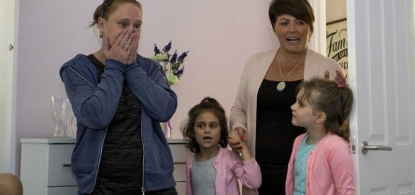 Família foi surpreendida com generosidade dos vizinhos no regresso