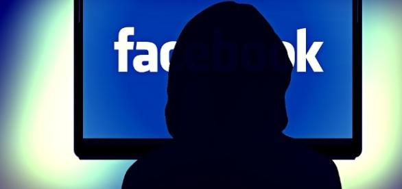 Como o Facebook influencia sua vida?