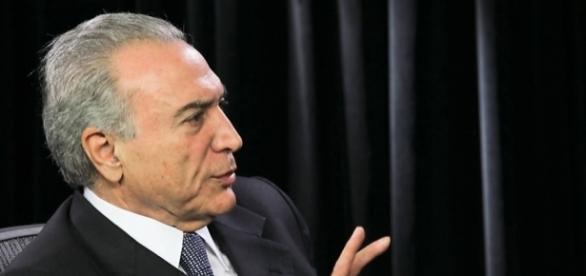 Michel Temer critica as depredações que ocorrem nas manifestações.