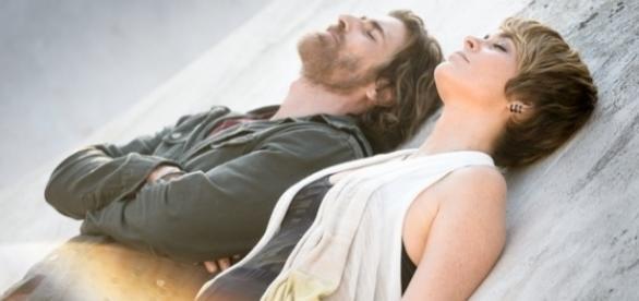 Os atores Reynaldo Gianecchini e Cláudia Abreu em A Lei do Amor