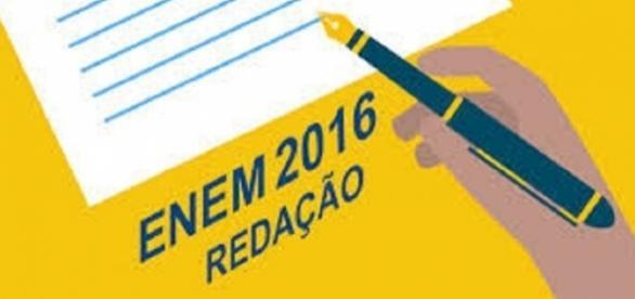 A redação do ENEM tem um peso importante na nota final do candidato.