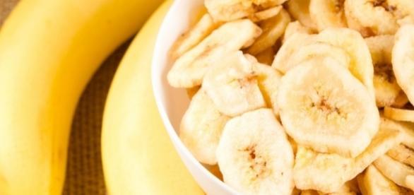 Banana é rica em fibras, potássio, vitaminas e outros elementos