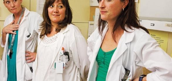 Formation en soins infirmiers - Bac ou DEC? | Le Devoir - ledevoir.com