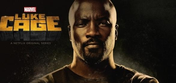 Mike Colter interpreta Luke Cage na série da Netflix.