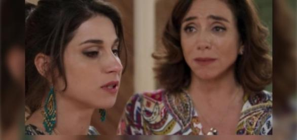 Público tenta descobrir o grande segredo de Carmela