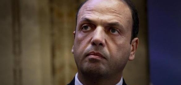 Angelino Alfano, ministro degli Interni