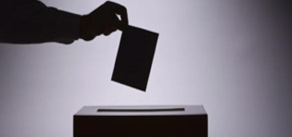 Continua il dibattito sul referendum costituzionale.