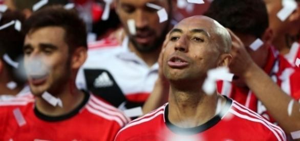 Luisão foi convidado a sair do Benfica