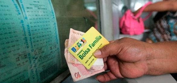 Temer anuncia reajuste de 12,5% do Bolsa Família e R$ 700 milhões ... - com.br