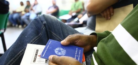 Confira as vagas de emprego disponíveis no PAT de Caraguatatuba