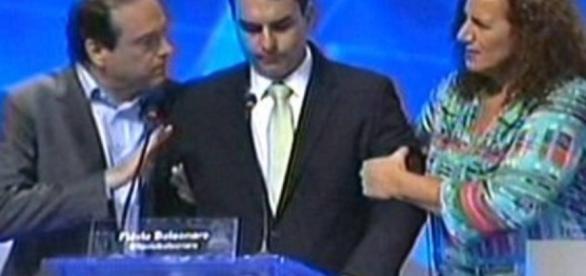 Jandira reclama de Jair Bolsonaro