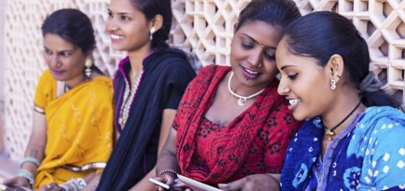 """Les pays en voie de développement sont-ils """"connectés"""" ? - Hebdo - RFI - rfi.fr"""