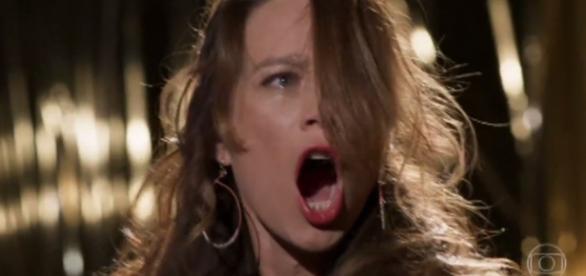 """Tancinha é atropelada por Fedora em """"Haja Coração"""""""