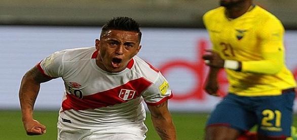 Jogador do São Paulo, Cueva foi autor de um dos gols da vitória do Peru sobre o Equador