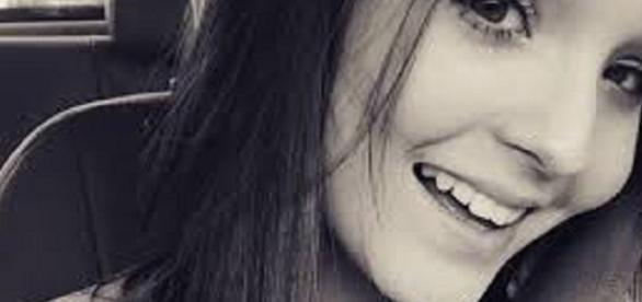 Larissa Manoela frequenta a igreja católica e se preocupa em agradar Deus.