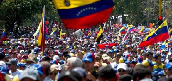 Las protestas de calle aumentaran en la medida que el CNE no oficialice los siguientes parámetros del revocatorio