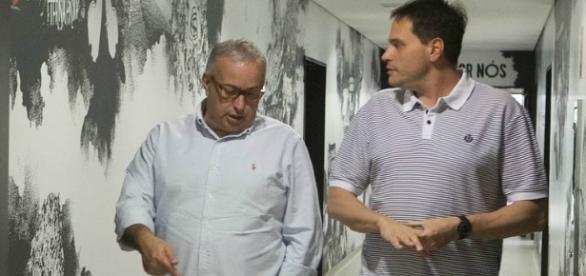 Diretoria do Corinthians atende aos pedidos de Cristóvão Borges