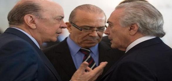 Foto: José Serra, Eliseu Padilha e Michel Temer