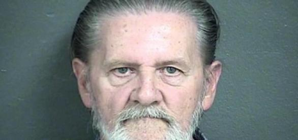 Lawrence John Ripple foi preso após assaltar o banco.