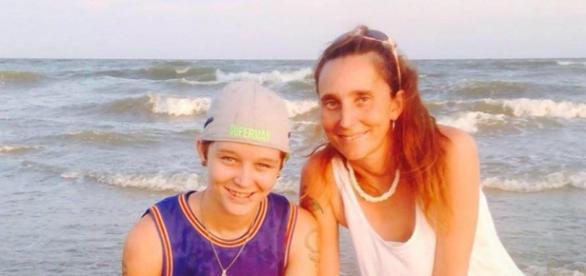 Mãe e filha acusadas de incesto