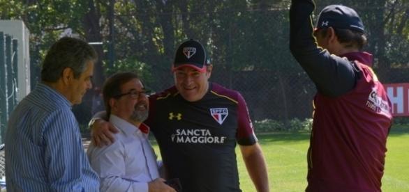 Marco Aurélio Cunha em visita ao CT da Barra Funda no último dia 26 de agosto (Foto: Ana Luiza Rosa/SPFC)