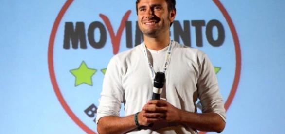 No al referendum, Di Battista (M5S) il 9 agosto a Viareggio - luccaindiretta.it