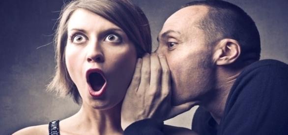 Saber diferenciar o comportamento normal da pessoa, é um dos pontos para distinguir quando ela mente